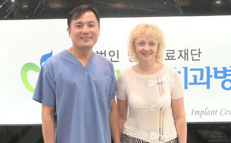 Пациентка с Камчатки приехала на имплантацию зубов
