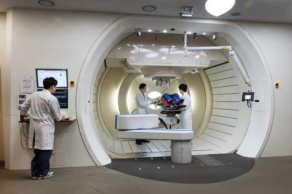 Samsung - протонная терапия (облучение раковых больных)